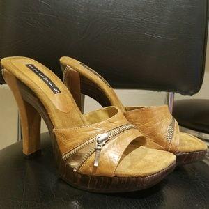 Super Sexy Brown Cognac Zipper Heels